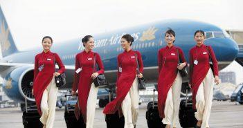 tiep vien 351x185 - Chúc mừng Nhi Đinh trở thành tiếp viên hàng không của VNA